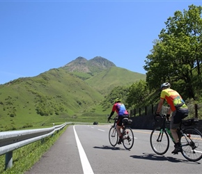 Jack and Christine climb towards Beppu