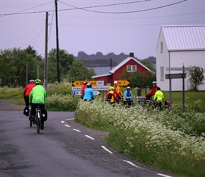 Group at the turnoff to the museum