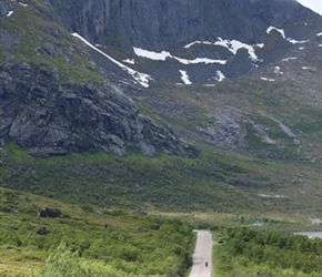 Linda Tomalin heads west on the Western Lofoten Islands