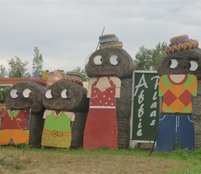 Straw Bale figures welcome us into Robertson
