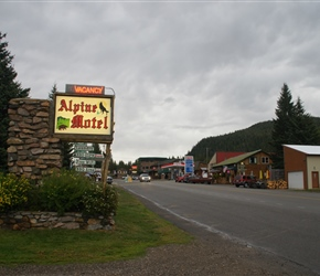 Alpine Motel Sign. It was getting dusky by this time and this was a welcome sight
