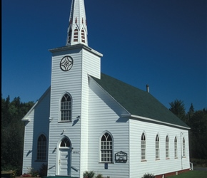 Clabbered Church, very typical and very pretty in North America