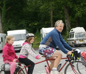 Neil, Louise and Ariane convert the kiddiback to a triplet in Threave