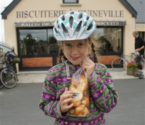 Louise with biscuits at Quinnerville