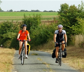 20.08.2012-CTC-Chateau---Jonzac-(7)-Katie-and-Robin-on-the-Moulin-road-from-Fleac.jpg