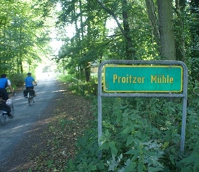 Proitzer Sign