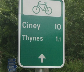 Belgium---Thursday-(36)---Cycleway-sign.jpg