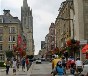 Francis and Douglas enter Coutances